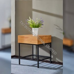 MERICK-LT Lamp Table With Oak Paper Veneer