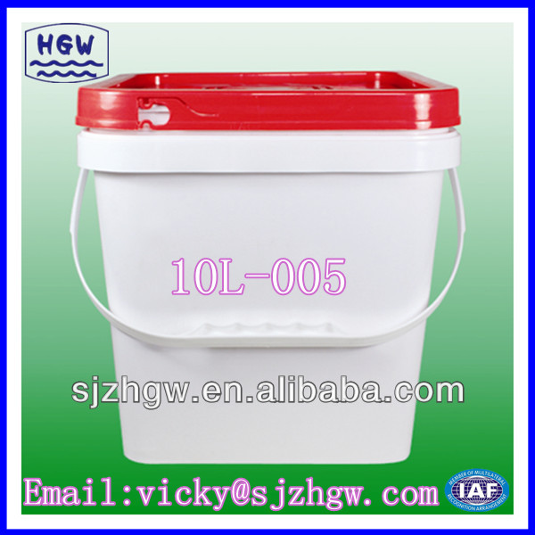10 liter plastic pail with lid