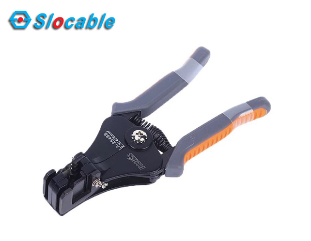 Slocable solar cable stripper