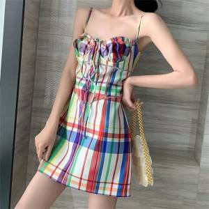 Fried street color dress female 2020 new summer temperament sexy eye-catching plaid skirt