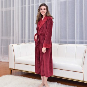 High Quality Polyester Bathrobe -