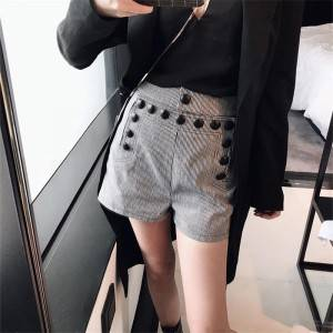 Black and white stripe high waist was thin bag hip wild casual button decoration waist straight shorts