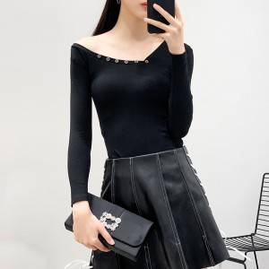 Western irregular off-the-shoulder buttons embellishment slim slim long-sleeved T-shirt stretch bottoming shirt