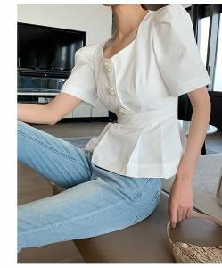2020 new square neck pearl buckle puff sleeve sleeve waist slimming top