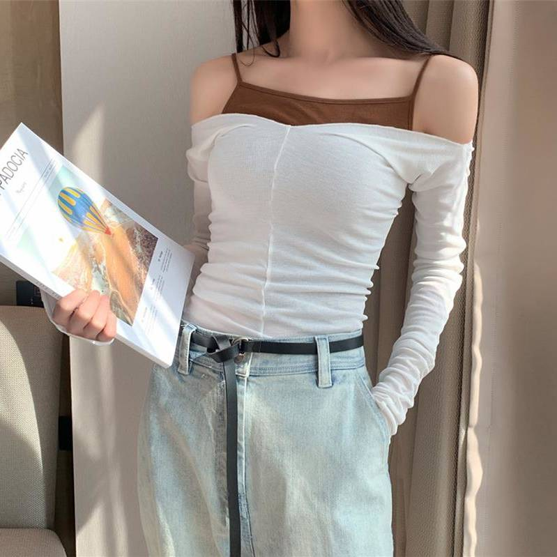 2020 summer new women's Korean t-shirt new feminine long-sleeved sexy strapless strapless top two-piece suit Featured Image