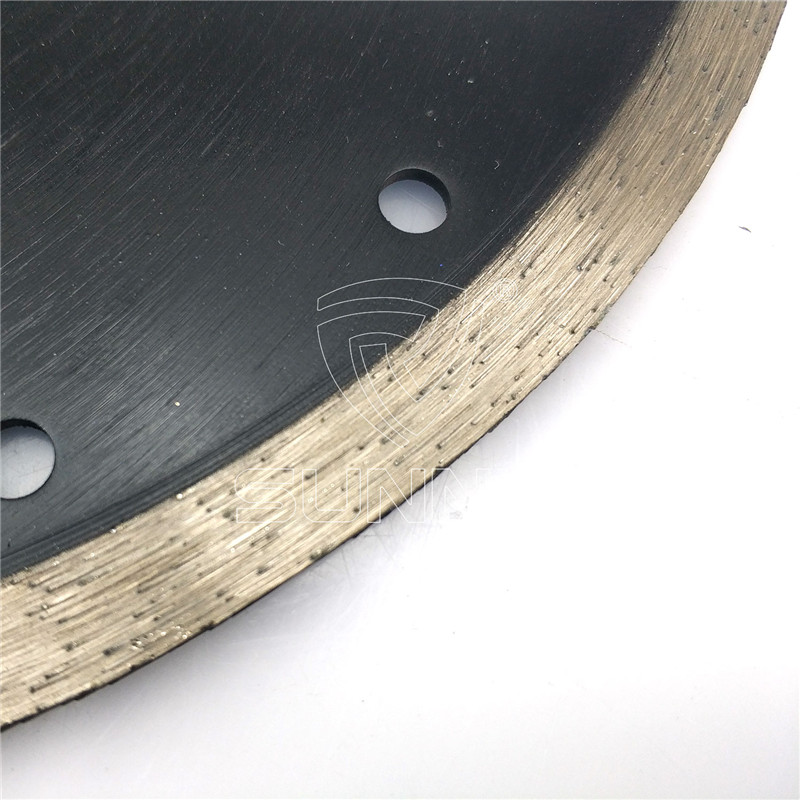 250mm Continuous Type Sintered Diamond Blade For Marble Tiles Cutting
