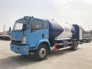 HOWO LPG dispenser truck