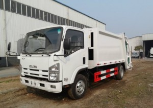 ISUZU 8-10cbm compressed garbage truck