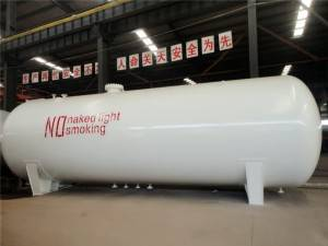 China Cheap price Sino Bitumen Spraying Truck -