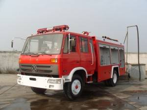 DONGFENG 8​cbm water and foam fire fighting truck