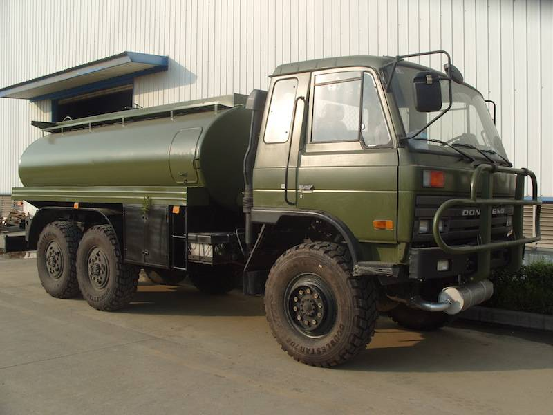 DONGFENG 6*6 8-12cbm fuel tank truck Featured Image