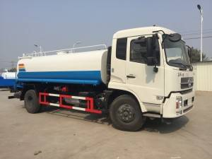 DONGFENG 10-12cbm water tanker truck