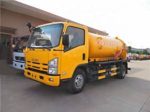 ISUZU 700P 6-8cbm sewer suction truck