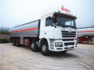SHACMAN 25-30cbm petroleum transport truck