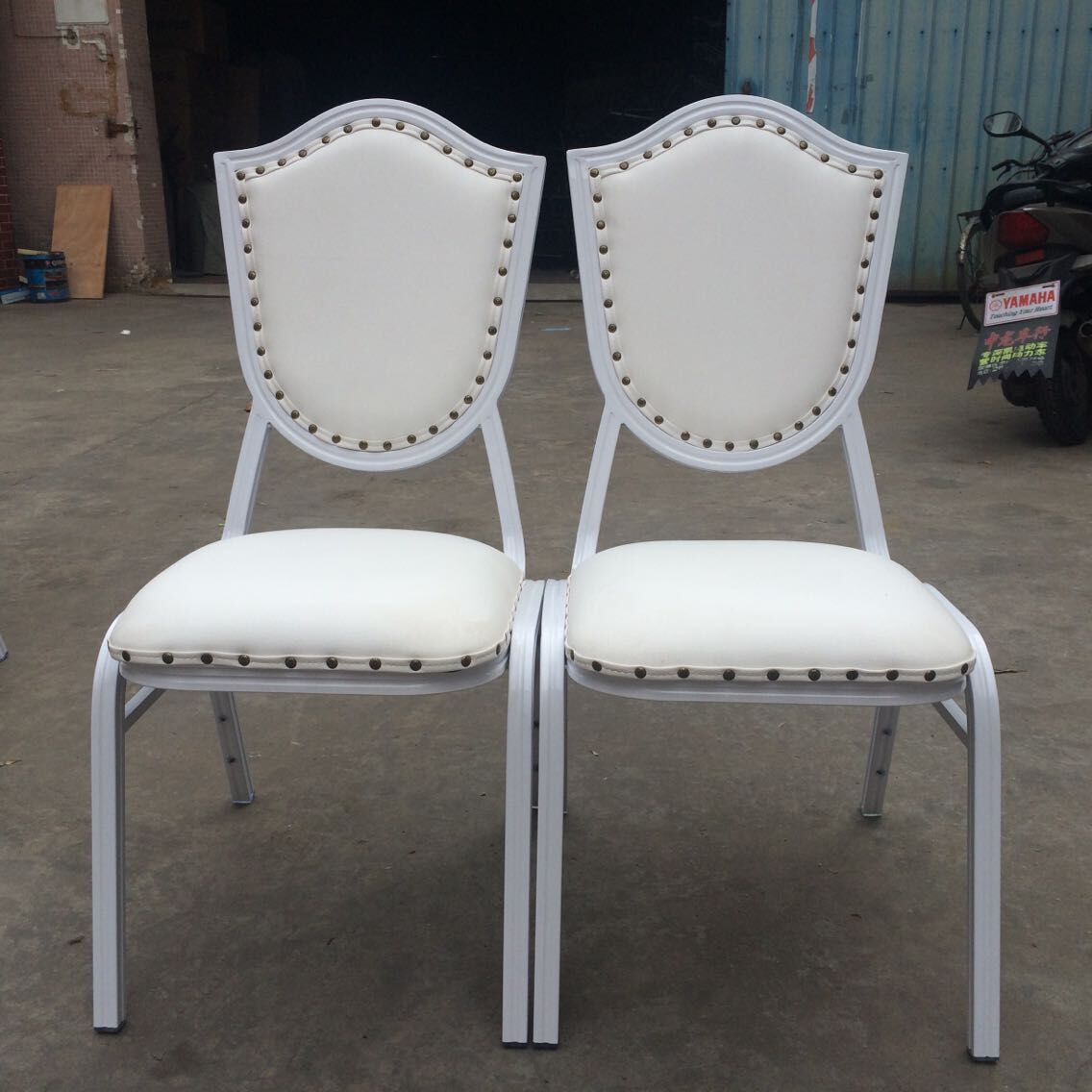 Special Design for Antique Hand Carved Chairs -