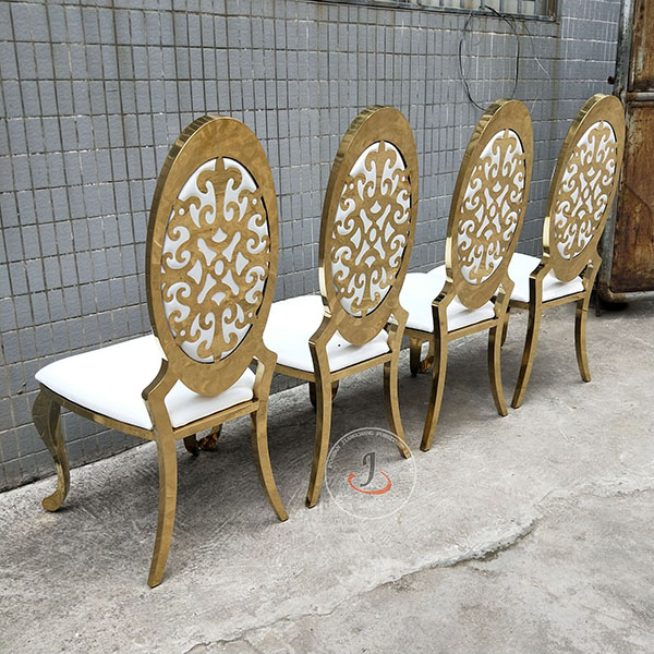 Good User Reputation for White Wedding Chairs -