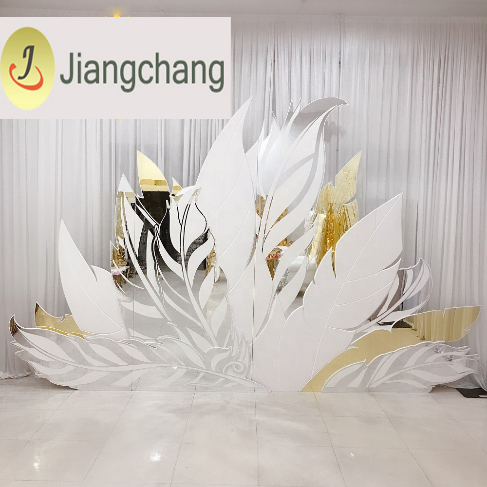 Feather Silver and Golden Acrylic Mirror PVC wedding backdrop SF-BJ032 Featured Image