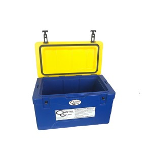 38L insulated plastic ice cooler box with handle