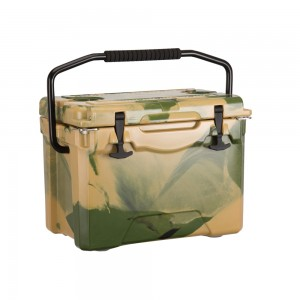 25QT camo color coolers with handle bar