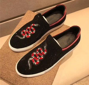 Best Quality Loafers Genuine Leather Snake Embroidery Shoes Men Causal Shoes Black