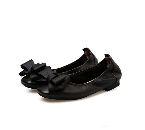 Nice Quality Fashion Lady Shoes OEM Black Leather Dress Shoes With Butterfly Featured Image