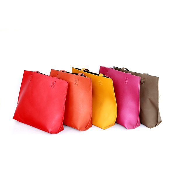 Selected PU synthetic leather tote bag