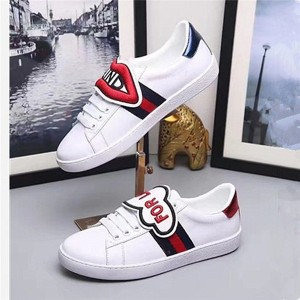 High Quality Cowhide Couples Sneakers With Red Lips Embroidery