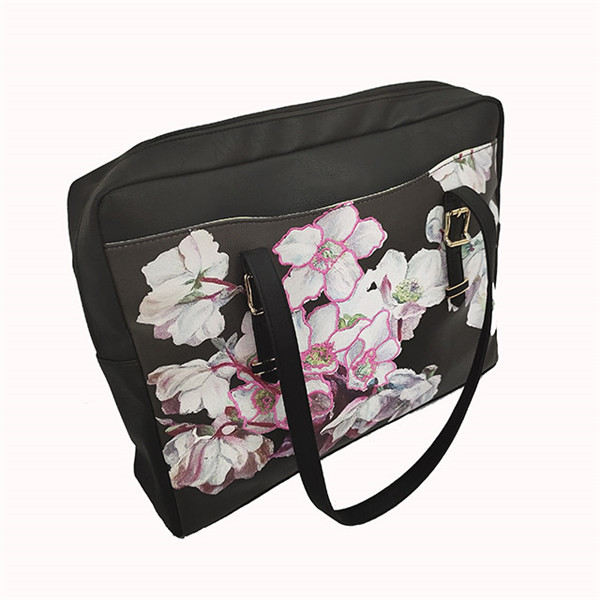 Latest classical women handbag can be customized Computer package