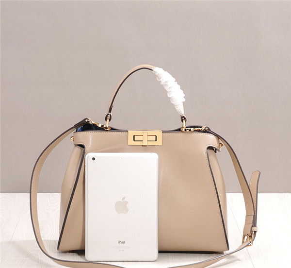 Western Style Designer Lambskin Leather Handbags Women Bags Handbags Factory
