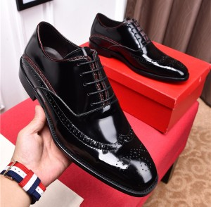 High Quality Patent Leather Italian Famous Brand Name Men Designer Shoes Men Dress Shoes With Shoes Lace