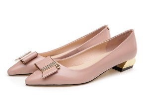 Women Light Pink Calfskin Pointed Flat Shoes