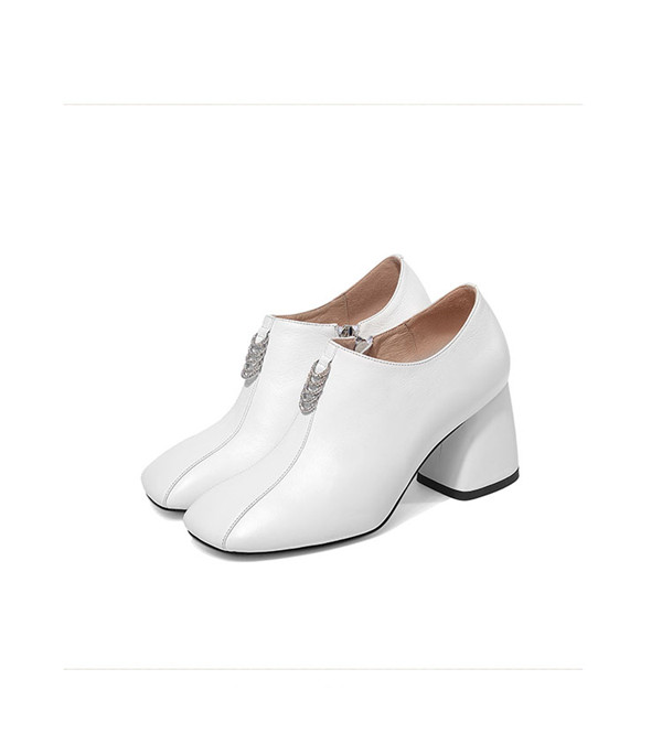 7cm Slip-On White Cowhide Thick Heel Famous Brand Shoes Featured Image