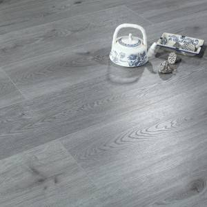 Agua-Guard Laminate floor