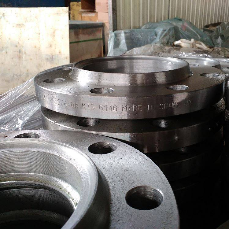 bomba fittings jis carbon chuma flanges mtengenezaji