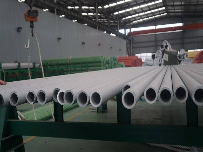 Stainless steel pipes manufacturers Featured Image