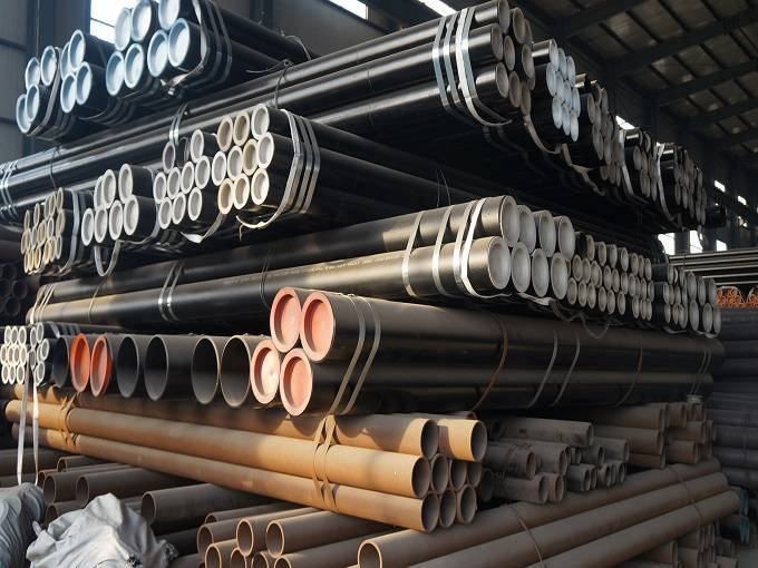 Astm A53 Black Seamless Steel Pipe Featured Image