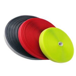 Wholesale 3m Scotchlite Solas Reflective Tape - Fast delivery 1*50 Meters,1*35 Meters Per Roll Orange,Black,Green,Blue Hdpe Plastic Square Wire Mesh Fence – Xiangxi