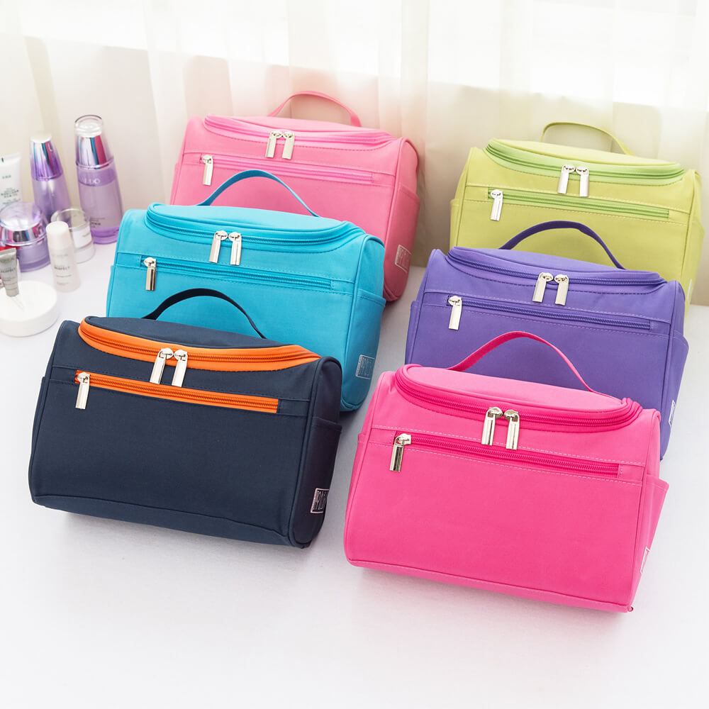 Factory direct portable fashion simple large capacity travel wash bag waterproof Oxford cloth portable storage bag Featured Image