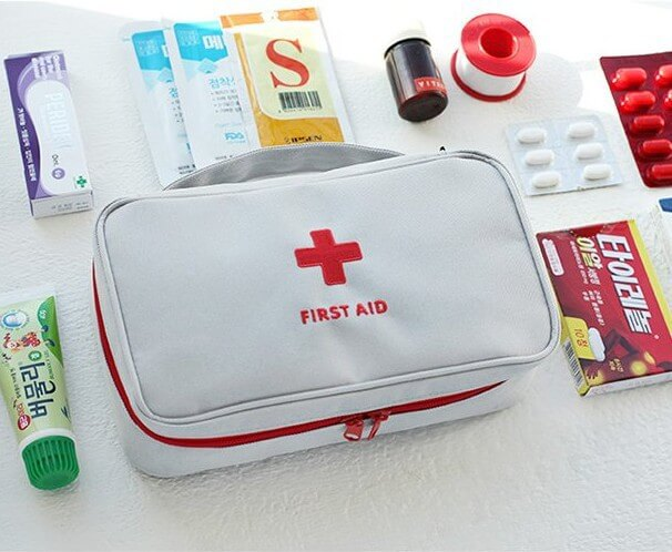 Lowest Price for Trolly Travel Luggage - Korea fashion travel portable medical kit first aid kit medicine finishing debris classification storage bag large – Omaska
