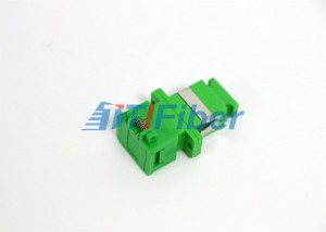 Ceramic Or Bronze Sleeve APC Fiber Optic Cable Adapter With Shutter