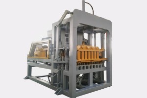 Popular model QTY4-20C Hydraulic block machine for hollow block and paver