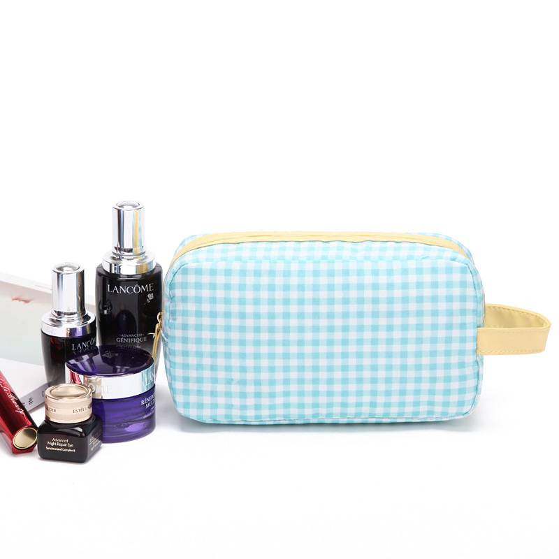 Wholesale Small Grid Cosmetic Bag Airline Gift Pouch for Makeup OEM factory Featured Image