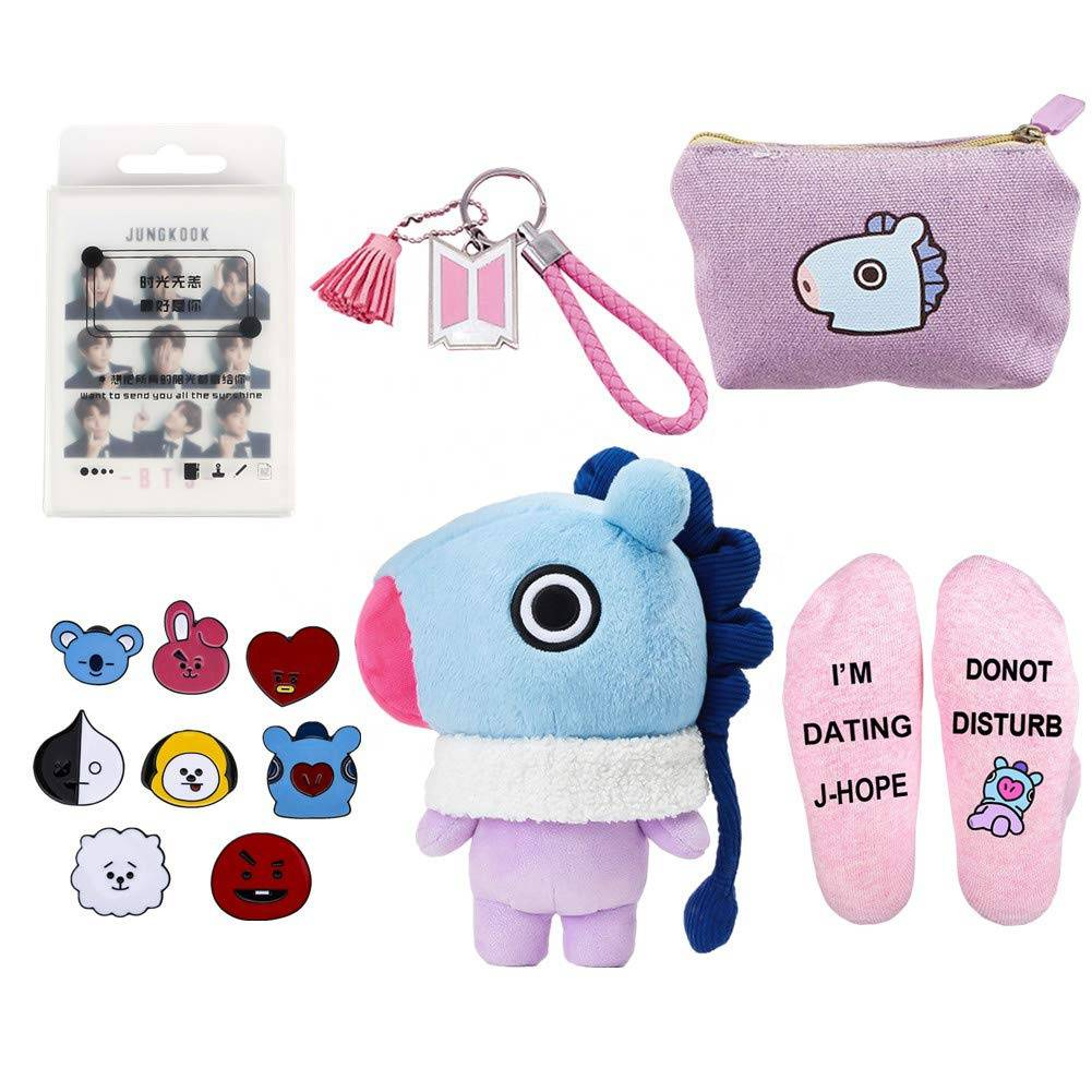 Customized Unique Gift Ideas New Born Baby Gift Set Pin Socks Cute Cartoon Doll Keychain Birthday Party Gift for Children