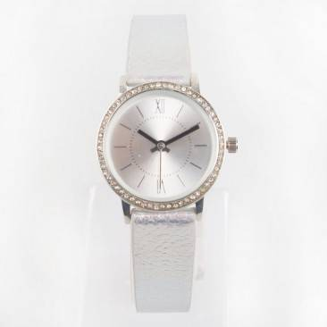 VT-L1901 Personalized Metallic Leather Strap Diamond Bezel Watch For Lady