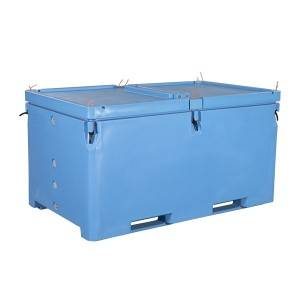 Durable Extra large 1700L insulated fish tubs, for transportation and production