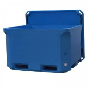 660L Rotomold fish container