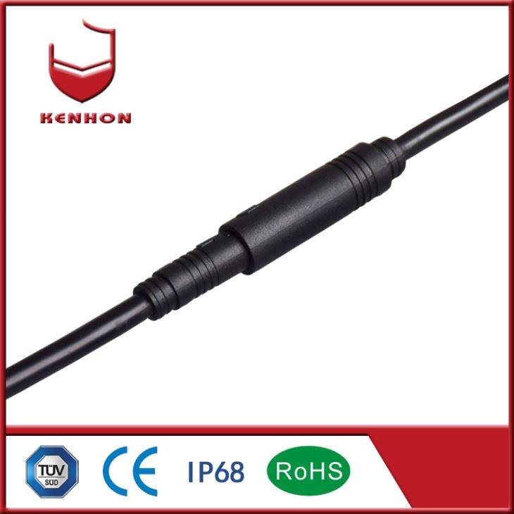 3 + 6 3 Waterproof Connector stadium lig