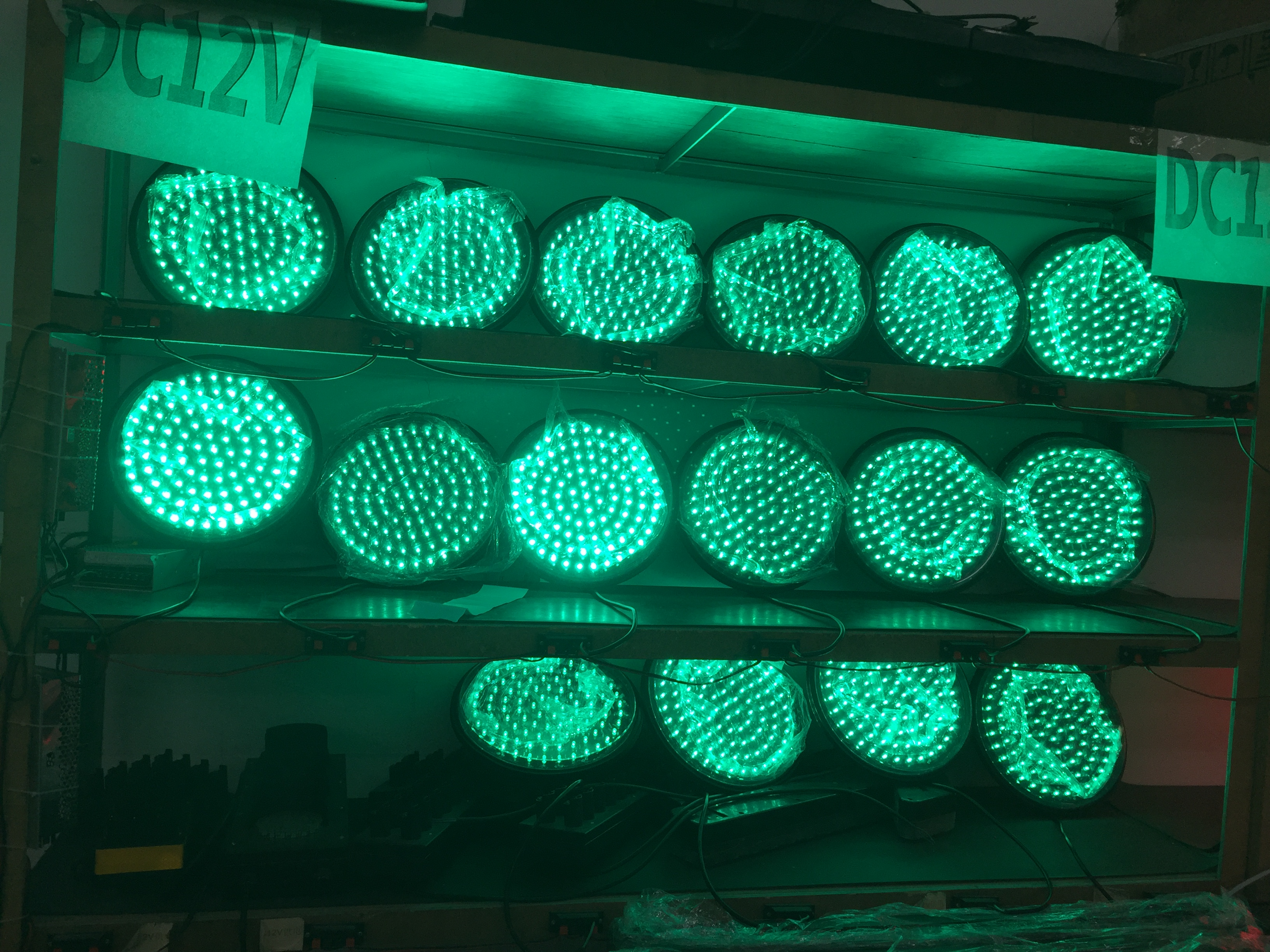 LED traffic light module export to Pakistan