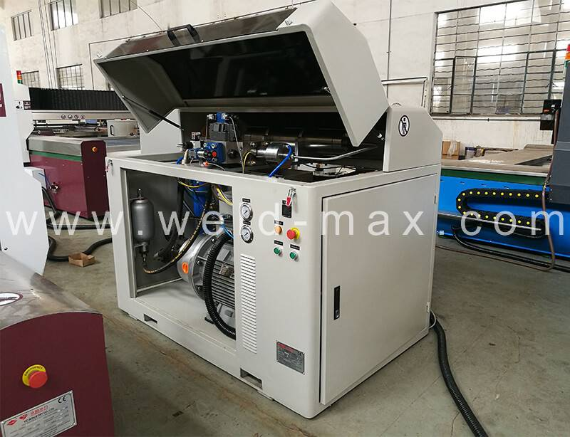 China Cheap price 50Ton Welding Rolls -