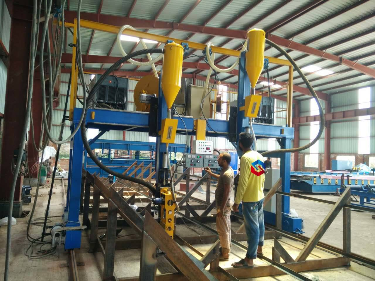H-Beam Gantry Welding Machine (Submerged Arc Welding) Featured Image